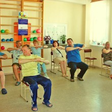 Гимнастические упражнения при артрите коленного сустава
