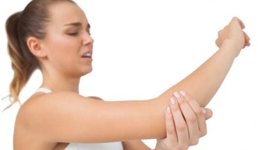 Болит рука от плеча до локтя причины